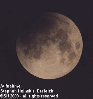 Mondfinsternis 2003 - erste partielle Phase