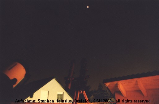 Mondfinsternis 2003 - Teleskope während der Totalität