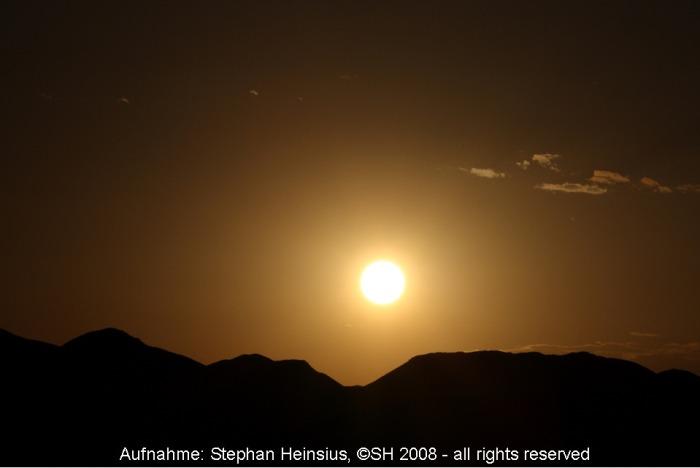 Sonne über der Wüste Gobi