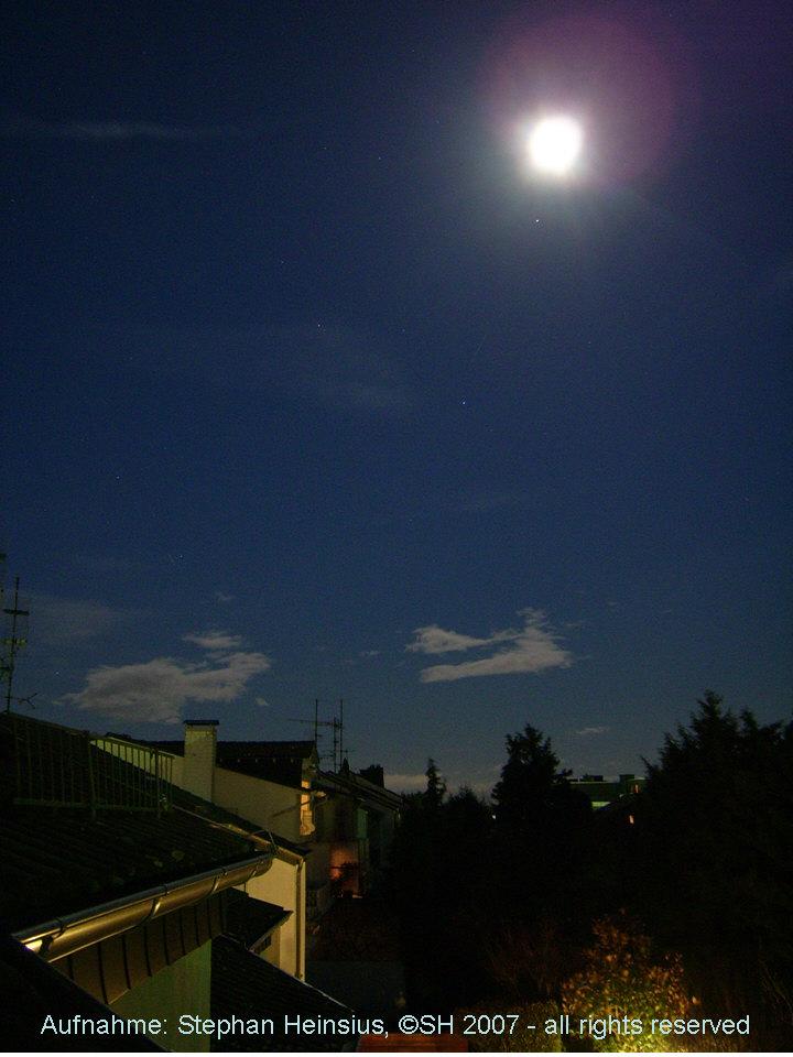 Mond und Saturn im Sternbild Löwe